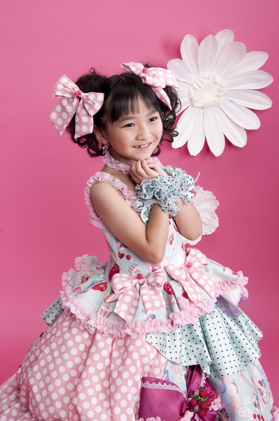 同時開催のドレスキャンペーンはプリンセスに憧れる女の子にオススメ!七五三は着物だけしか撮らなかった方、七五三は終わったけどもう一度ドレスが着たい!